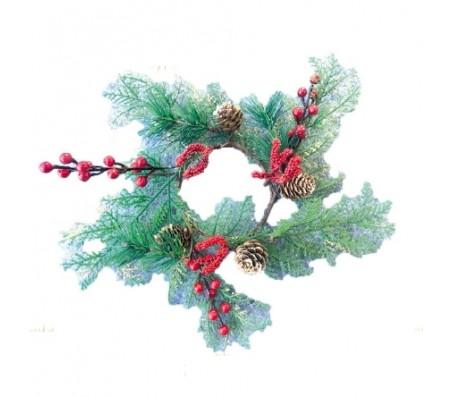 Рождественский венок с красными ягодками, 38 см