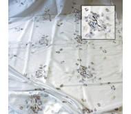 Ткань белая с вышивкой